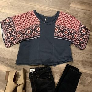 🧣Free People Blue & Red Aztec Sleeved Top, Size S